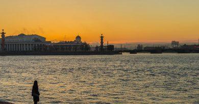 Warum nach Sankt-Petersburg Reisen